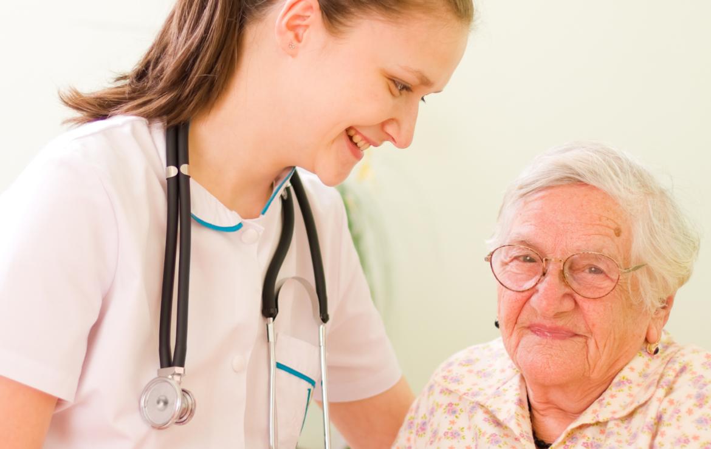 A OLDCARE é a única clínica licenciada para cuidados domiciliários em Famalicão